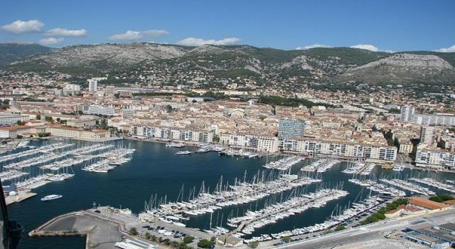 Toulon Comment La Ville Dynamise Son Port