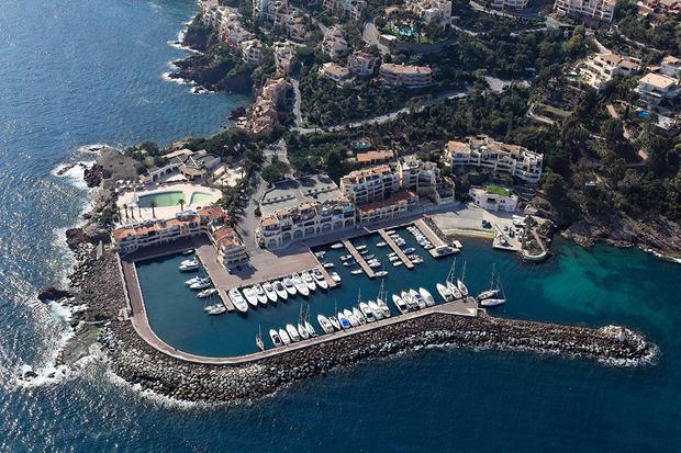06 (Alpes-Maritimes) Cité Marine de Port la Galere